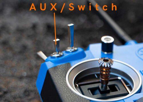 switch ou aux sur une radiocommande Frsky Taranis Q X7